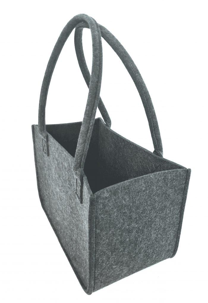 Schwarze Tasche aus Filz - Handgemachte individualisierbare Taschen, Körbe, Tischsets, Dekoartikel und mehr auf fideko.de der Onlineshop seit 2011