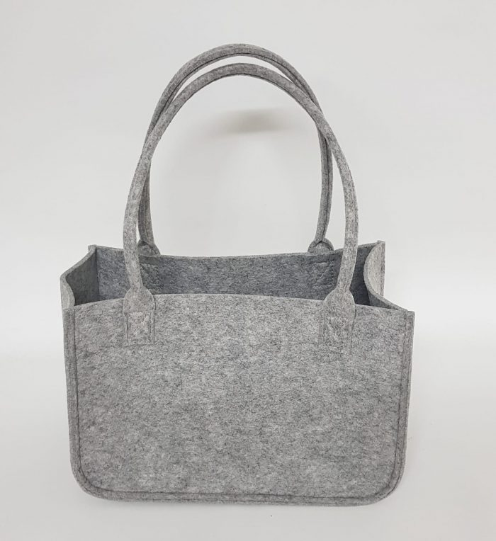 hellgraue Tasche aus Filz - Handgemachte individualisierbare Taschen, Körbe, Tischsets, Dekoartikel und mehr auf fideko.de der Onlineshop seit 2011